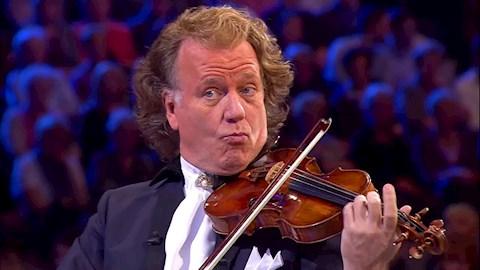 miert-kritizaljak-a-klasszikus-zene-kedveloi-andre-rieu-koncertjeit
