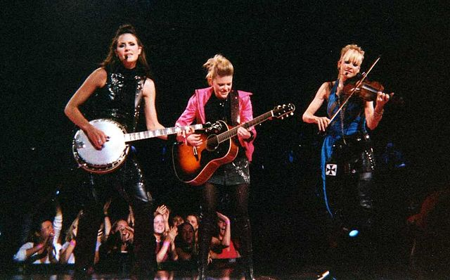 Why did the dixie chicks change their name? What does dixie mean?